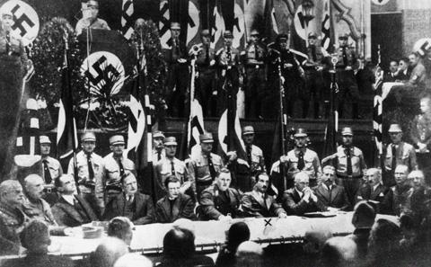 nazi.heidegger.jpg
