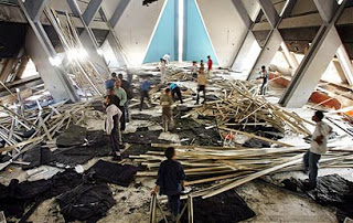 Gazan synagogue destroyed