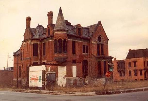 Detroit. ruined house