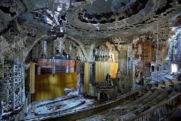Detroit. ruined theater