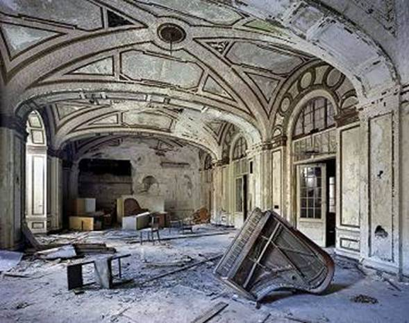 Detroit. ruined interior
