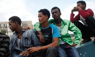 African migrants in Tel Aviv. (Photo: REUTERS)