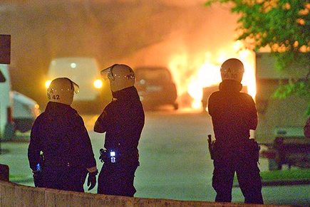 [Riots and arson in Husby]