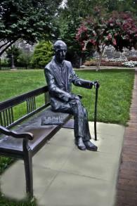 statue of karski