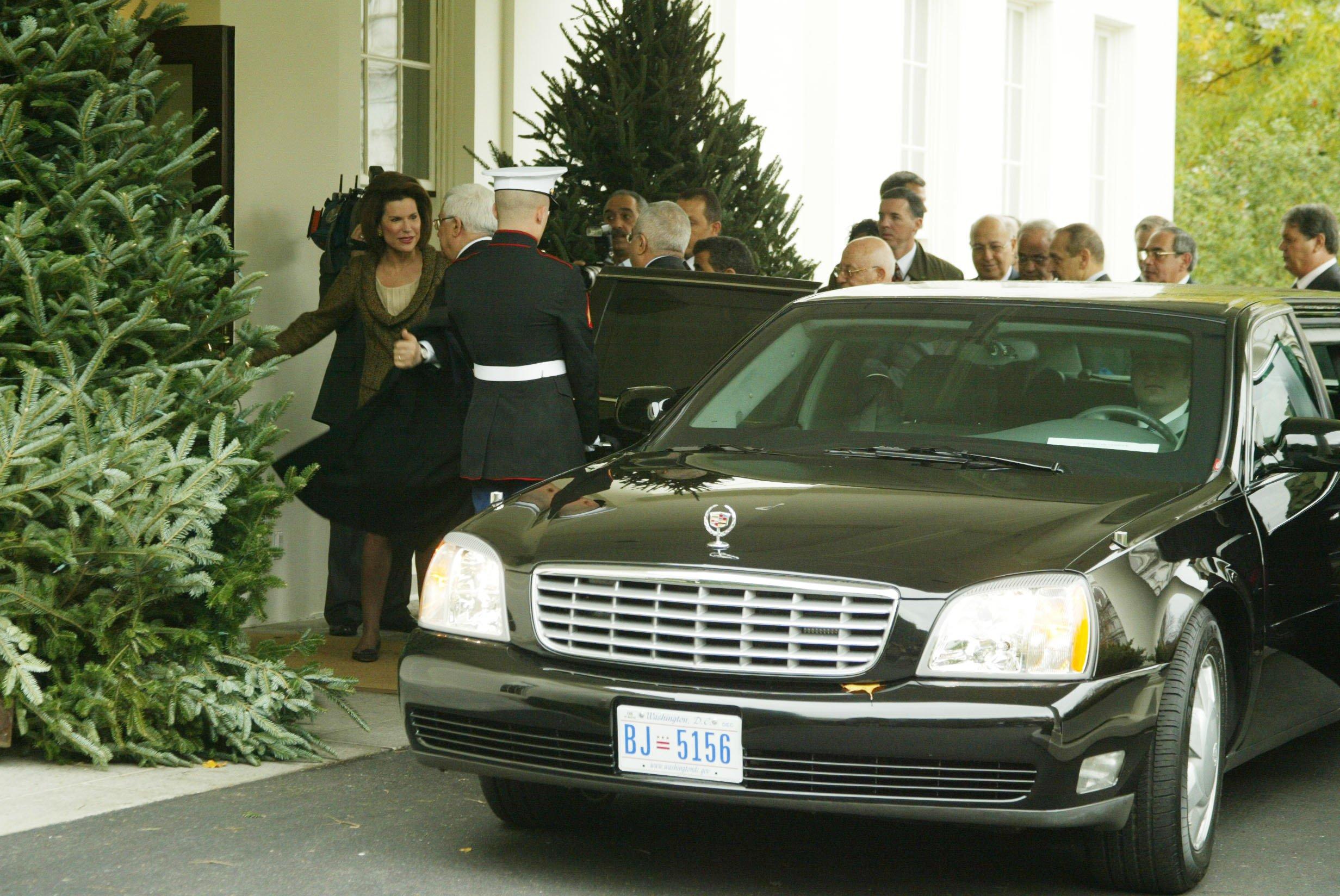 Cd Abbas Enters Whitehouse