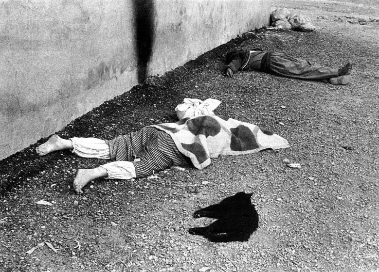 Iraqi Kurds massacred in chemical gas attack in Halabja, 1988